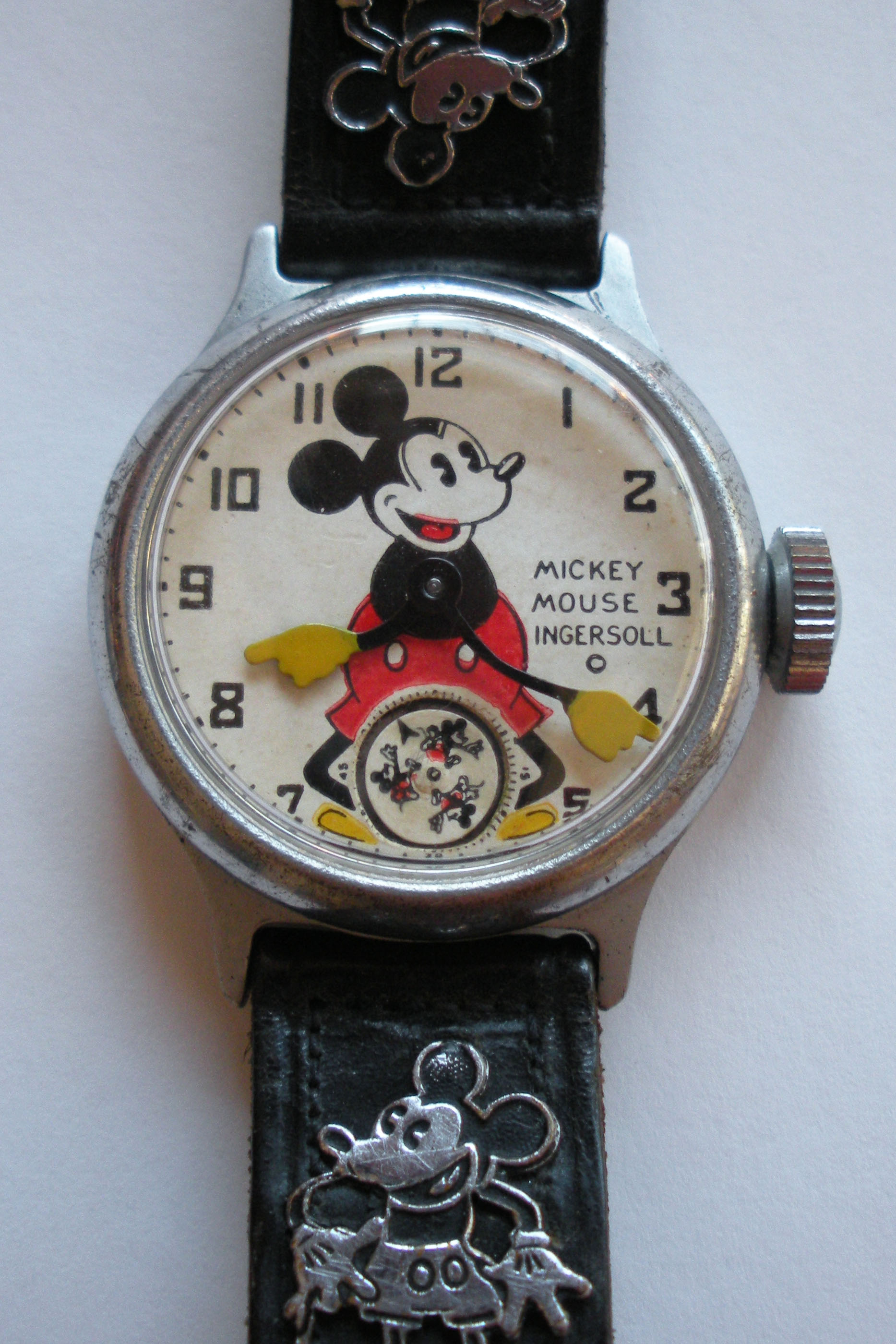 Mickey Mouse Watch Value >> A Rare Antique Shop Find A 1934 Ingersoll Mickey Mouse