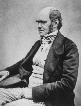 Charles_Darwin_seated_crop[1]